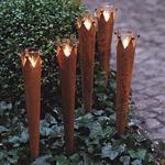 Hier finden Sie Laternen, Kronenfackeln, Feuerkörbe, Feuerschalen für Ihren Garten oder die Terrasse
